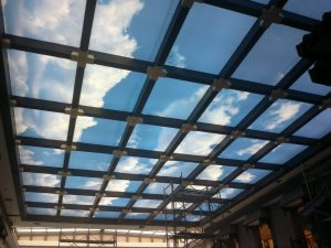 2-300x225 Kurumsal Alanlara Uygun 3D Gergi Tavan Uygulaması gergi-tavan  gergi tavan 3d tavan 3d gergi tavan